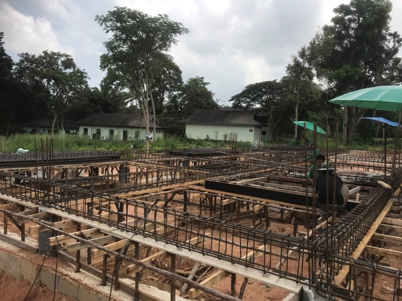 Construction of showrooms