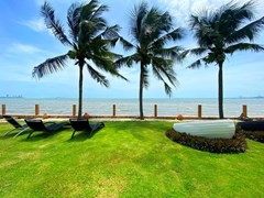 Condo For Rent Pattaya Beach Front