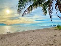 Condo For Sale Ban Amphur Beach