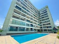 Condo For Sale Pratumnak 900,000 THB