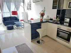 DUPLEX 1-bed condo for sale Wong Amat Pattaya