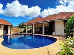 House For Rent Pattaya With Pool