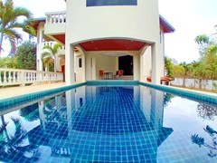 Pool Villa For Rent East Pattaya