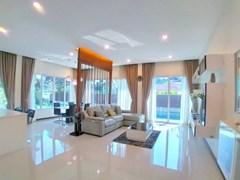 Modern House For Rent Huay Yai Pattaya