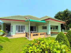 House For Rent North Pattaya With Garden
