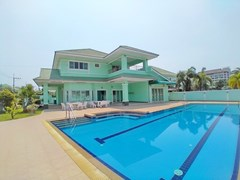 House For Rent North Pattaya With Pool