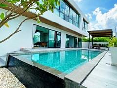 4-bedroom Pool Villa for sale Pattaya