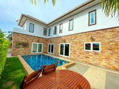 House For Sale Pattaya With Pool