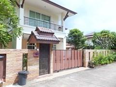 House for sale Na Jomtien Pattaya