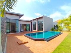 House For Sale Pattaya Bangsaray