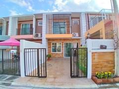 Modern Townhouse for sale Pattaya