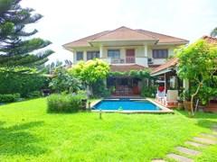 5 bedroom house for sale near Na Jomtien beach