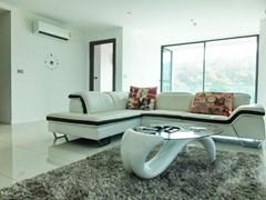 Condo for sale on Pratumnak with VENDOR FINANCE