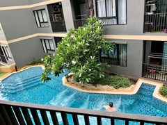 1 bedroom condo for sale in south-central Pattaya