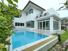 4+1 Bedroom House For Rent North Pattaya